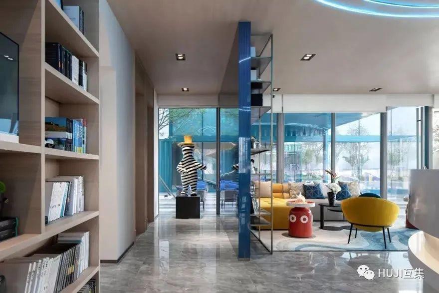云门之下,蓄势起航,集装箱与碧桂园打造最新鲜IP售楼处-HUJI互集